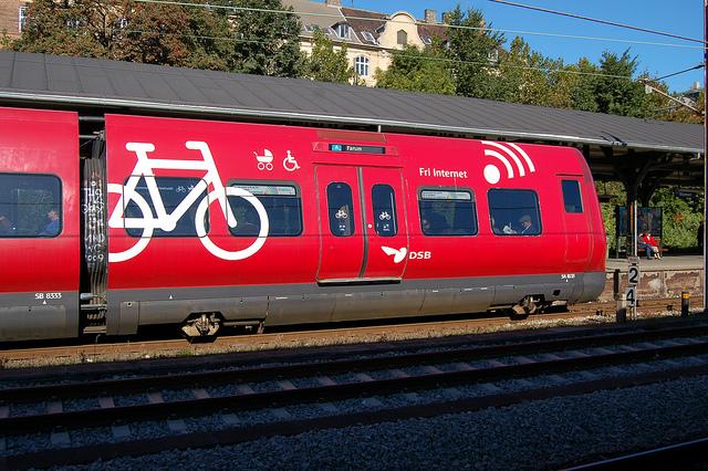 Elővárosi vonat Koppenhágában